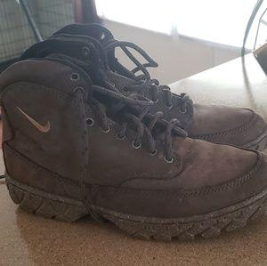 Vintage 90's Nike ACG Regrind Hiking Boots